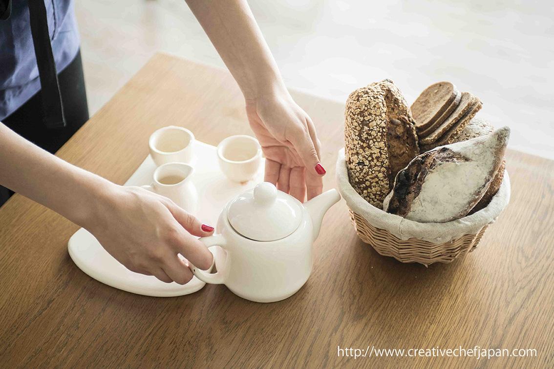 ↑もユリアさんのHPの写真。ユリアさんはお料理でロシアと日本の架け橋になりたいと言います。