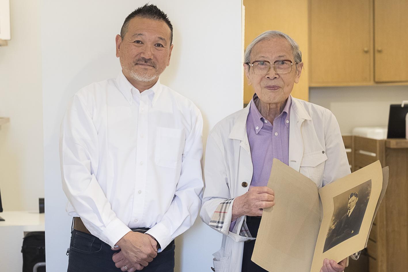 らかんスタジオの鈴木社長と鈴木会長